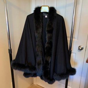 CASHMERE & Fur Trimmed Ladies Cape - NWOT